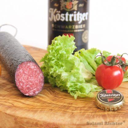 Angeschnittene Schwarzbier Salami